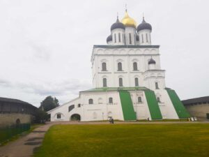 Псковский храм